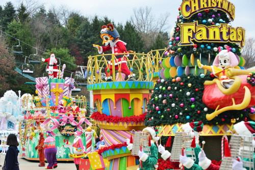 Festival Fantasi Natal di Everland