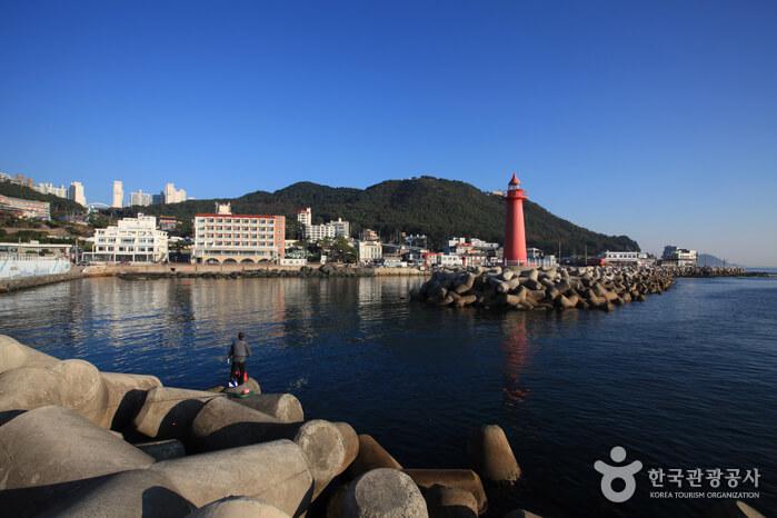 Pelabuhan Cheongsapo (청사포)