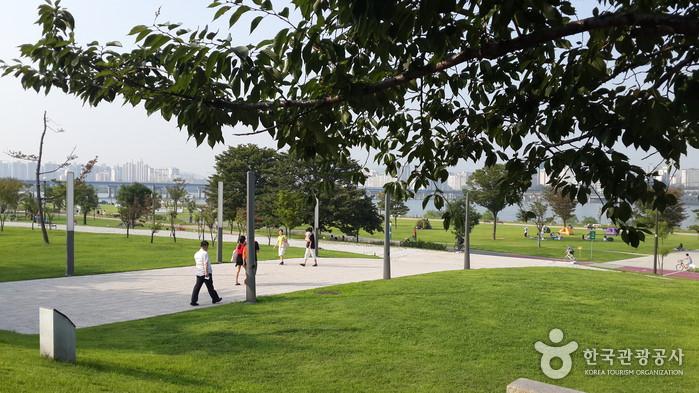Taman Yeouido Hangang