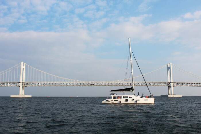 Klub Kapal Yacht, The Bay 101