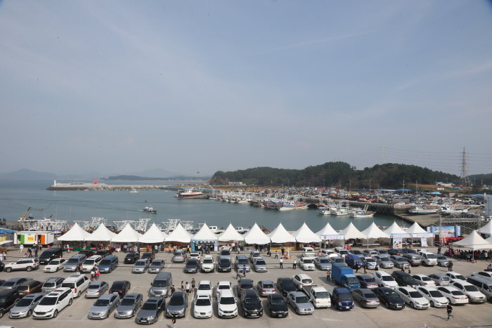 Festival Kepiting & Ikan Jeoneo (Gizzard Shad) Pelabuhan Hongwon Seocheon