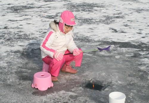 Festival Ikan Es Mulmalgeun Yangpyeong