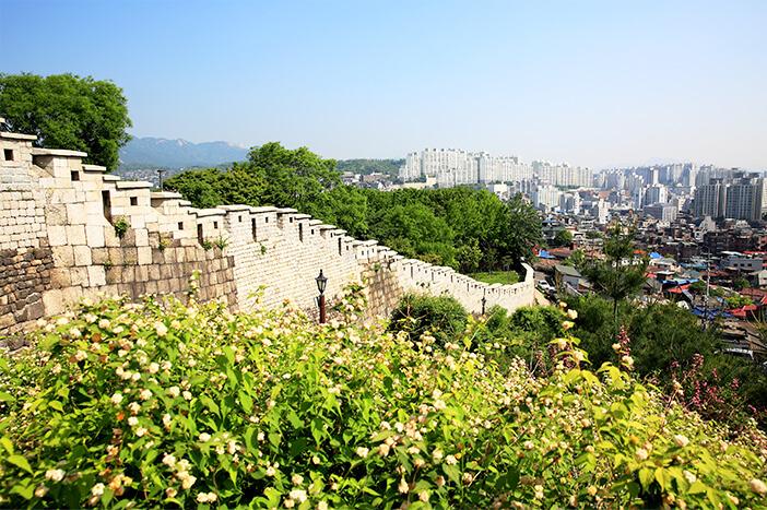 Mengikuti Jejak Sejarah & Budaya, Hanyangdoseong
