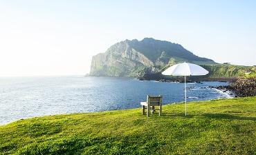 Berkeliling Pulau Jeju yang Asri