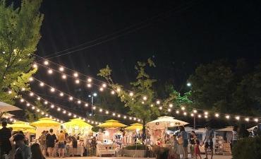 Berbelanja dan Menikmati Pertunjukan di Festival Pasar Loak Seni Wonju