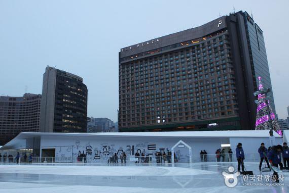 Arena Es Skating di Seoul Plaza
