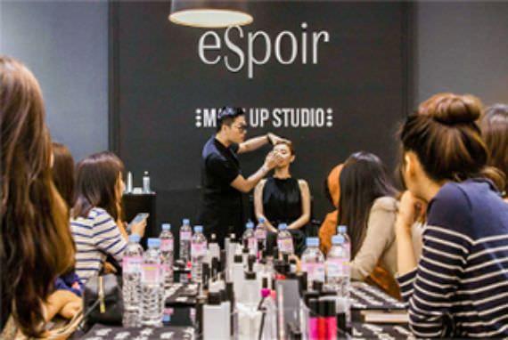 Pelajari Makeup Para Bintang Hallyu di Seoul!