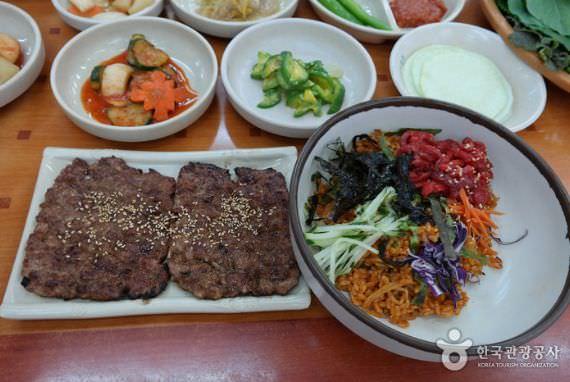Restoran Songjeong Tteokgalbi - Cabang Pertama