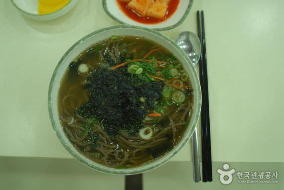 Restoran Cheongwonmomil