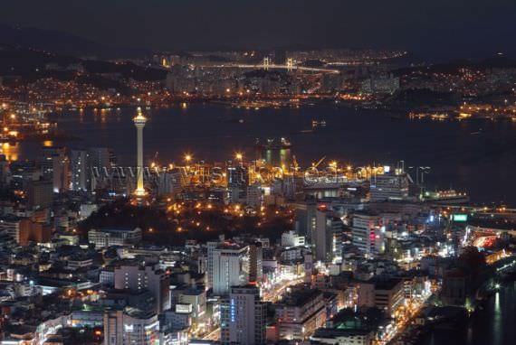 Busan Night Scene