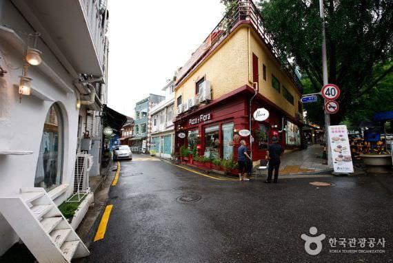 Restoran Flora - Cabang Samcheong
