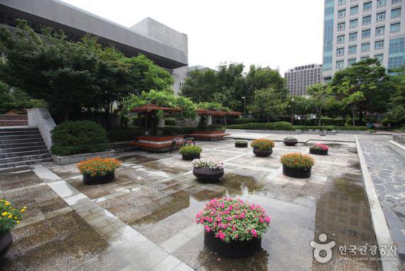Taman Sejongno