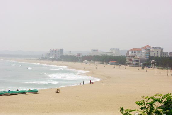 Pantai Naksan
