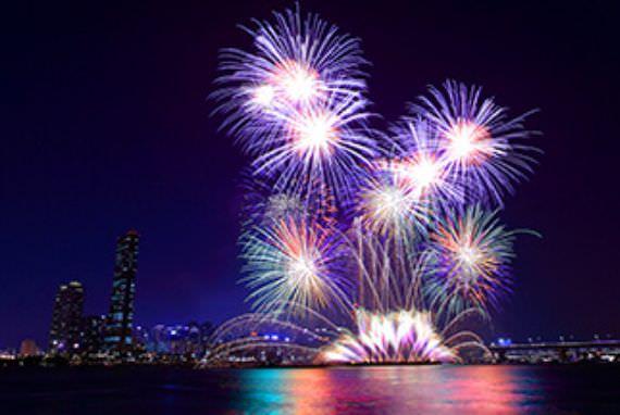 Nikmati Festival Kembang Api yang Indah di Seoul dan Busan