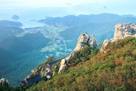 Temukan Pemandangan Terindah Korea, di Namhae