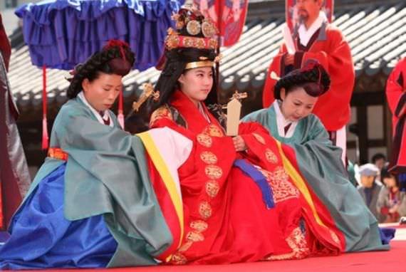 Upacara Pernikahan Raja Gojong and Ratu Min