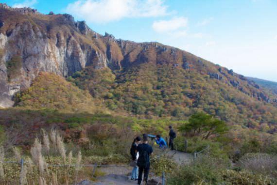 Jalur Pendakian Yeongsil (Taman Nasional Hallasan)