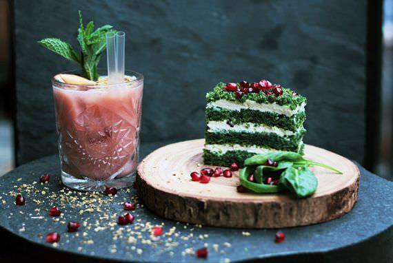 Menyantap Dessert Organik Rendah Kalori