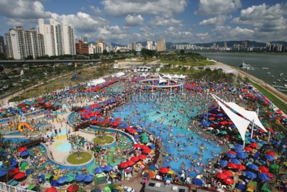 Summer of Hangang River