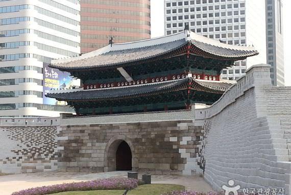 Gerbang Sungnyemun (Gerbang Namdaemun)