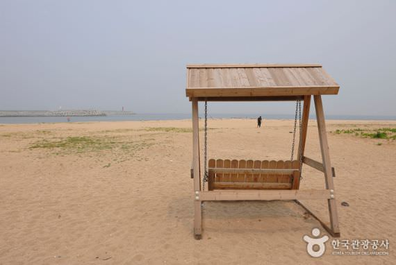 Pantai Namhangjin
