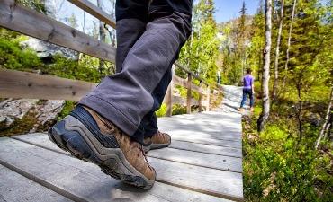 Mendaki Gunung Bukhansan dengan Sepatu Sewaan Gratis